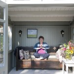 Een huisje waar je jezelf heerlijk in terug mag trekken, voor Yoga, meditatie of gewoon voor een stil moment. Een huisje  die je naar eigen ideeën inricht om de juiste sfeer te creëren.